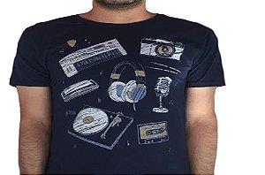 Camiseta Gola Básica Estampada - Modelo 51