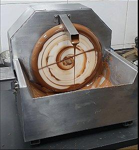 Derretedeira de Chocolate com Roda Giratoria