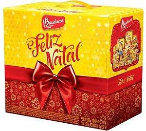 Cesta de Natal Bauducco Grande com 20 Itens
