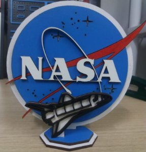 Mini Diorama em MDF da NASA com Space Shuttle 14,5 x 15,0 cm