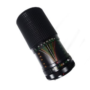 OBJETIVA SAKAR 70-210mm f/3.9 MC AUTO ZOOM
