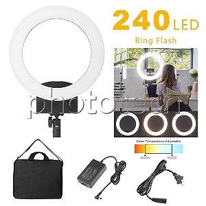 ILUMINADOR DE LED RING LIGHT 240 LEDS + FONTE AC (3200-5600k 2880lm 31cm)