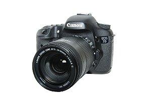 CANON EOS 7D COM OBJETIVA 18-135MM SEMINOVO 3 MIL CLIKS