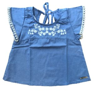 Bata Infantil Azul Jeans Bordada c/ Flores Pega Mania 13429