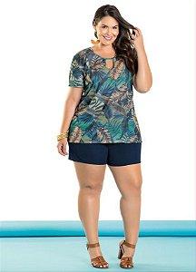 Conjunto Plus Size Shorts Marinho com Blusa Estampada