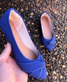Sapatilha Adulta Azul com Detalhe Torcido