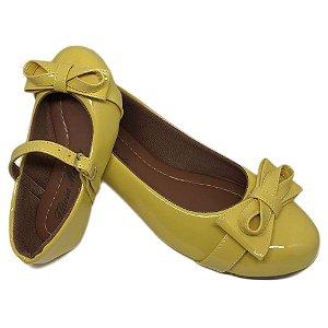 Sapatilha Amarela com Laço Bico Redondo