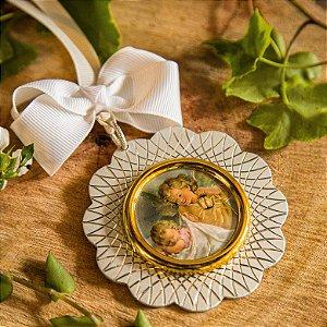 Medalhão de Berço Anjo Zelador Prata - Com Gravação do Nome do Bebê