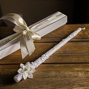 Vela de Batismo Modelo Flor - PERSONALIZADA
