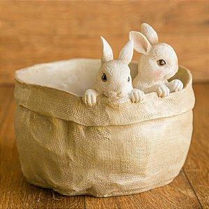 Cestinha cachepot com dois coelhinhos