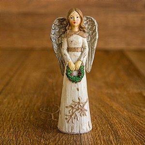 Anjo com Guirlanda Verde nas Mãos