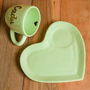 Xícara G Verde Pastel com Prato Coração
