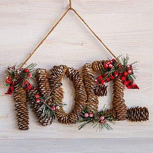 Enfeite de Natal Para Porta com Pinhas.