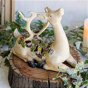 Alce Decorativo com Folhas e Frutos