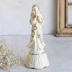 Imagem de Nossa Senhora em Porcela