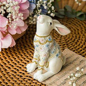 Coelho de Casaca Floral Sentado