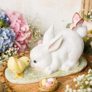 Coelha Margot com Pintinho Pingo