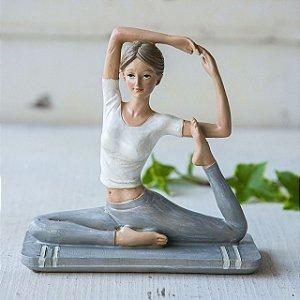 Mulher Yoga Frente