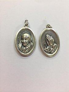 Medalha Italiana Santa Teresa de Calcuta/ Mãos (8327)