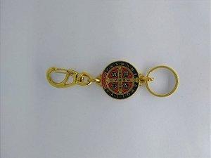 Chaveiro mosquetão dourado São Bento