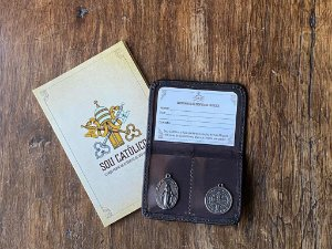 Carteira de Identidade Católica e Pertença ao Exército de São Miguel | Instituto Hesed