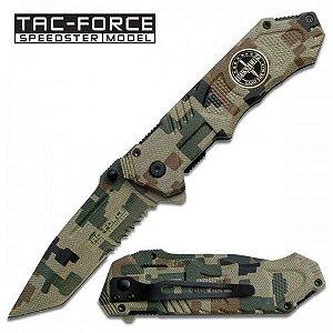 Canivete lâmina lisa tanto camuflado com abertura assistida.