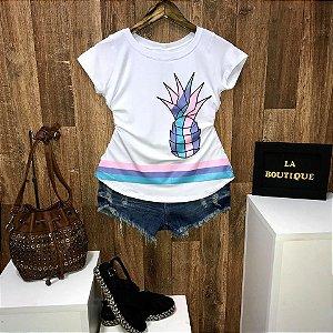 T-shirt Abacaxi com Listras