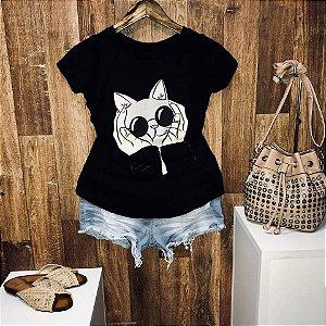 T-shirt carinho no gatinho