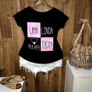 T-shirt Um Linda Mulher