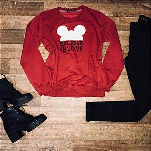 Blusa Moletinho Acredite no Amor Vermelho