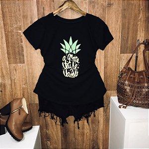 T-shirt Abacaxi Agente Vai Levando