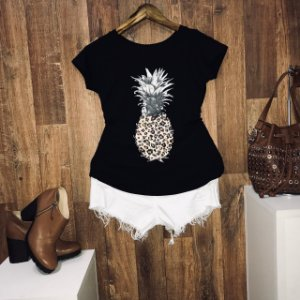 T-shirt Abacaxi Animal Print