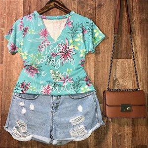 T-shirt Shocker Tenha Coragem Floral Verde