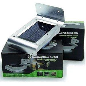 Luminária Lâmpada Solar Externa Com 16 Leds Com Sensor De Presença