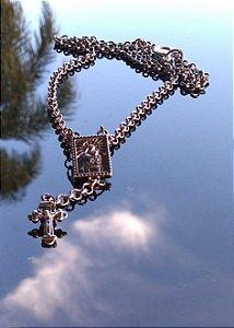 Colar Crucifixo e Sagrado Coração de Jesus
