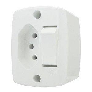Interruptor Externo Quadrado 1T+Tomada 10A