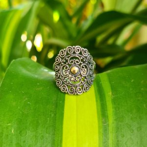 Anel Mandala em Prata 925 e Aplique em Ouro 18k