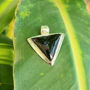 Pingente Triângulo Invertido em Prata 925 e Ônix