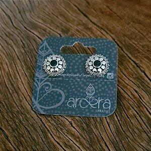 Brinco Pequeno Mandala em Prata 925 e Ônix Sintético