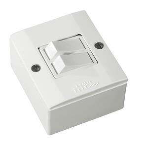 Conjunto Interruptor 2 Teclas Simples Sobrepor 10A Box Branca - ILUMI