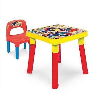 Brinquedo MESINHA e CADEIRINHA DC Super Hero Girls + 3 anos - Monte Líbano