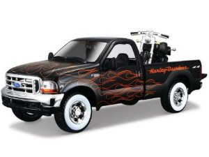 Brinquedo Colecionável Picape Ford F-350 Super Duty + Moto Harley Davidson Night Train - Maisto