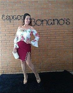 f076ea3481 SAIA LONGA LINHO BOTÃO PASSANTE LATERAL PRETA M - Espaço Bonano s ...