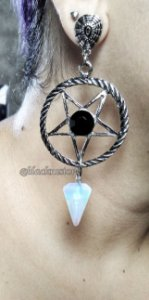 Brinco Satanic Blessing Opalina