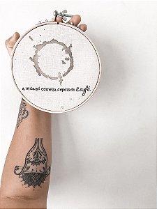 Quadro bastidor A vida só começa depois do café