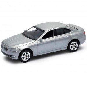 CALIFORNIA MINIS BMW 535i PRATA 1/60 - 1/64