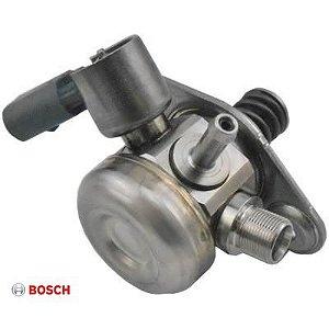 Bomba de Combustível Alta Pressão Mercedes C180 C200 GLA200 A200 B200 (0261520211)