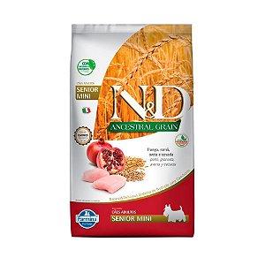 Ração Farmina N&D Ancestral Grain para Cães Sênior de porte Mini sabor Frango e Romã 2,5kg