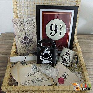 Kit Harry Potter Deluxe (9 Itens) Com Varinha e Cesta!