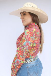 Camisa Feminina Country Floral Arabesco